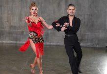 Новогодний танец с пластическим хирургом
